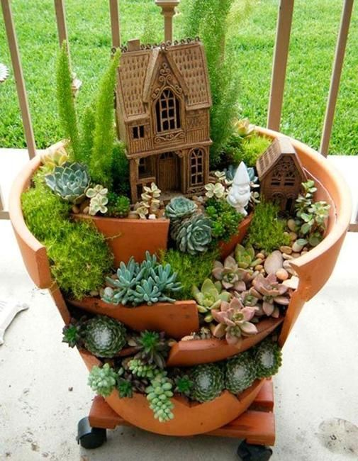 broken pot fairy garden pinterest 10