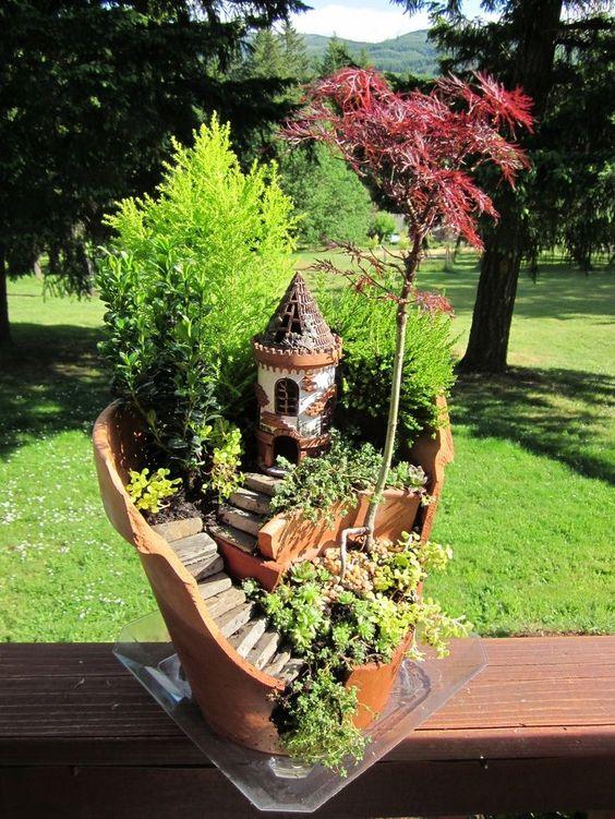 broken pot fairy garden pinterest 14