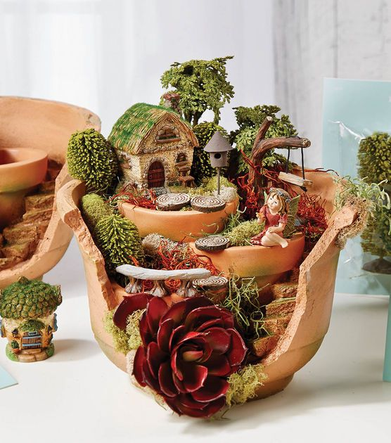 broken pot fairy garden pinterest 3