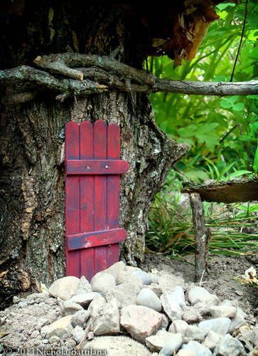 red fairy doors popsicle sticks