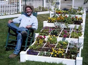 squarefootgardening
