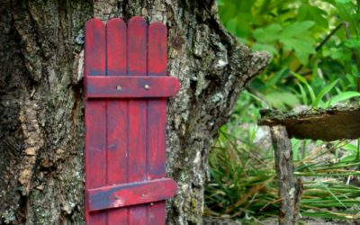 9 Creative Fairy Door Ideas You Can Do Yourself